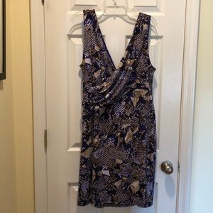 V neck dress, great condition